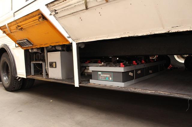 כל כמה זמן צריך להחליף מצבר למשאית הובלה?
